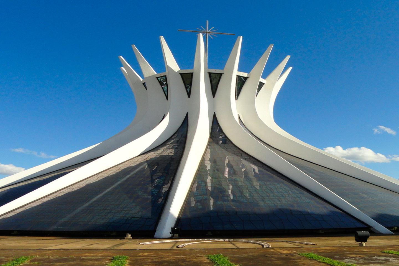 Viaje por la arquitectura brasileña de la mano de Oscar Niemeyer