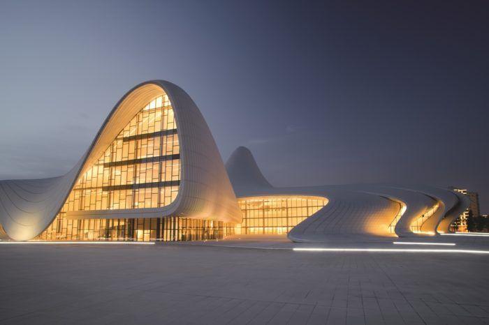 Viaje de arquitectura a Tbilisi y Bakú: Zaha Hadid y los demás